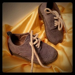Toddler Suede Wing Tips